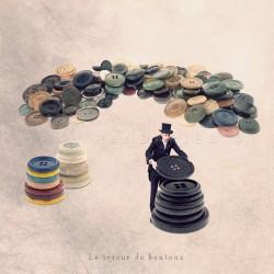Le trieur de boutons - Photographie d'art - Photographie d'art couleur - Les Tout Petits Métiers