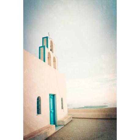 Photo d'église grecque blanche et bleue
